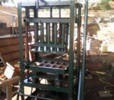 Block molding and pavement machine for sale in Accra
