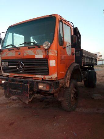 Machinery » Trucks, Buses & Trailers