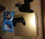 Ps4 slim gold colour with accessories