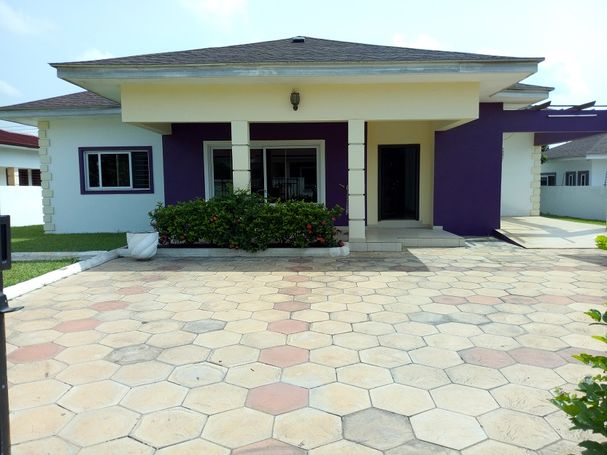 Beautiful 4bedroom House for Rent at Tema Community25 Devtraco Estate