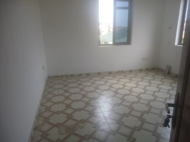 Single room self contain for rent at Adenta