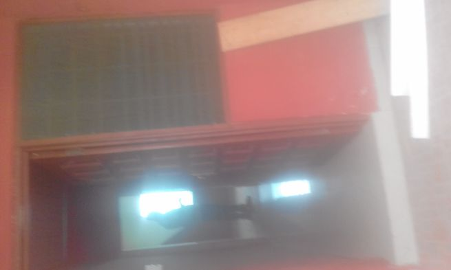 Ex.chamber and hall self contain apt 400 fr 2 yr@agbogaba