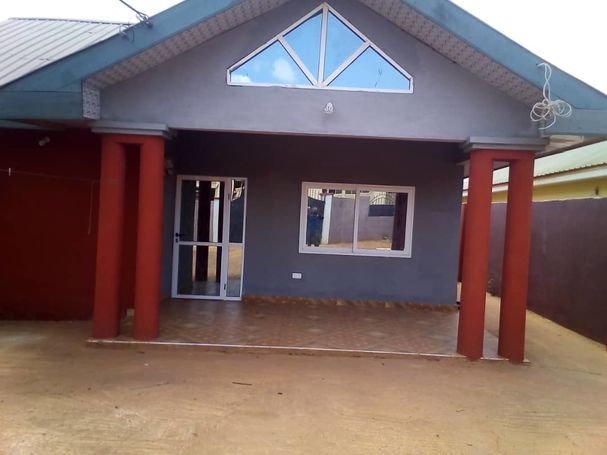 2Bedrooms house at Adenta.