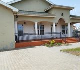 4 BEDROOM HOUSE LOCATED AT ROYAL PALM ESTATES FOR SALE