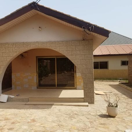 2 bedroom executive apartment for rental at East Airport
