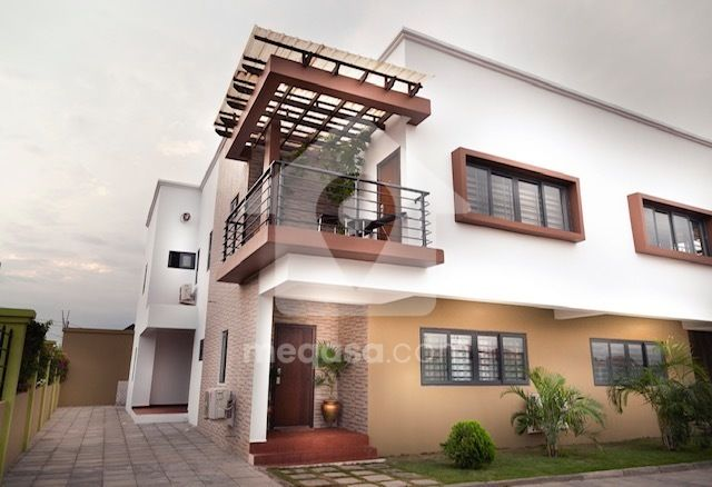 FOUR BEDROOM HOUSE FOR SALE AT ADJIRINGANO-KING FISHER