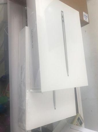 Sealed MacBook Air 2018