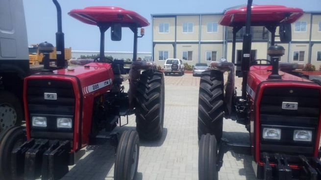 tractor 285 and equipment