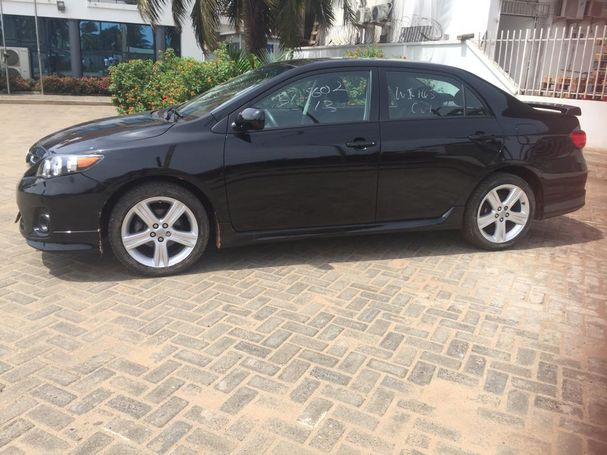 Fresh Toyota Corolla S for quick sale