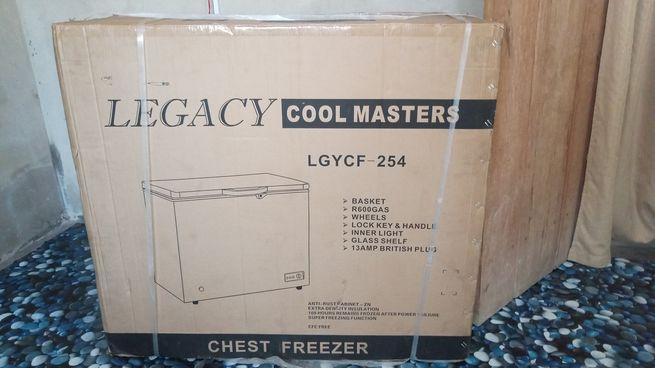 Chest freezer cf254