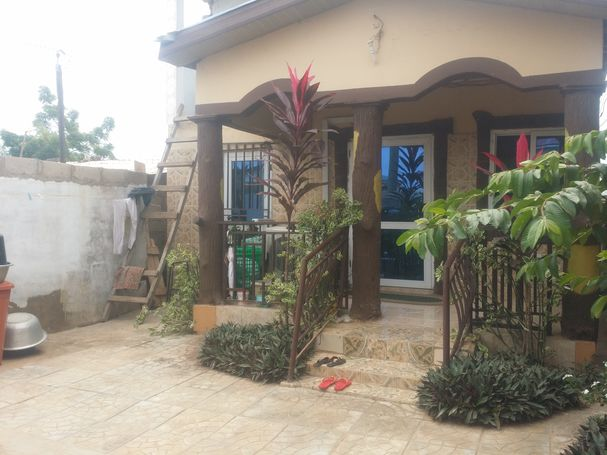 Self compound for rent at Ashley botwe