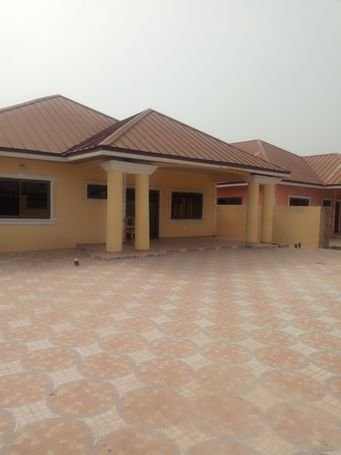 NEW & TITLED 4 BRM ENSUITE HOUSE AT OYARIFA