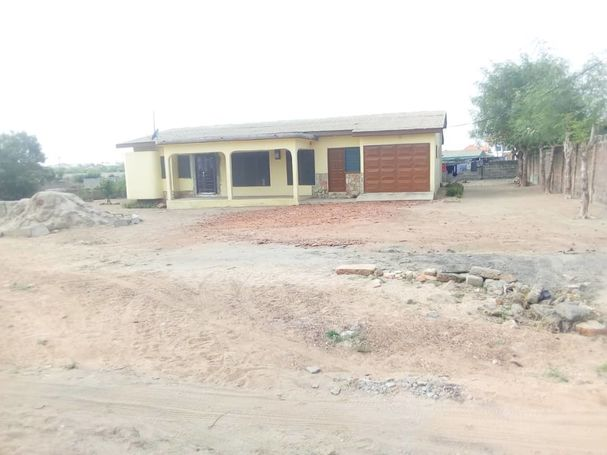 4Bedrooms House For Sale at dawhenya.Tema