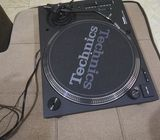 Technics SL1210 MK7 direct drive turntable
