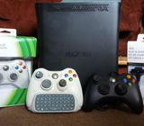 Xbox 360 (3pads and 20 games)