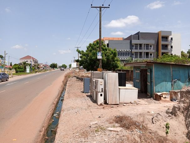 4Plots of  Roadside land for sale at Adjiringanor-East Legon