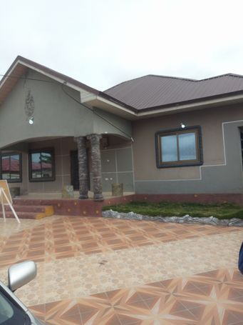 REGISTERED 3 BEDROOM HOUSE AT KASOA