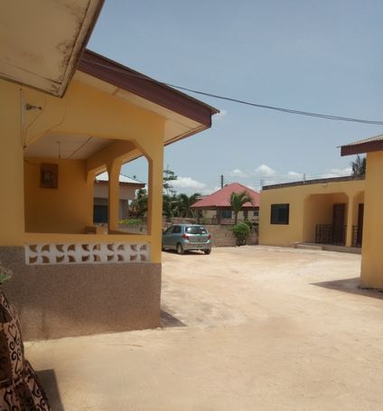 TITLED 9 BRM OF 4 APARTMENTS AT SANTA MARIA