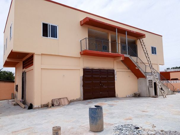 2bedroom apartment for rent at Teshie