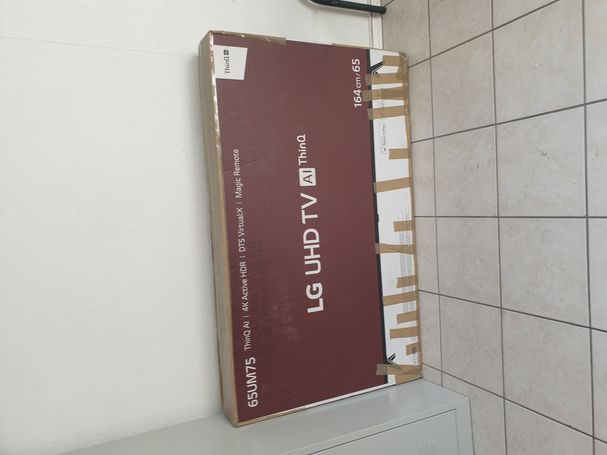 LG 65 inch new TV from Germany not used with magic remote