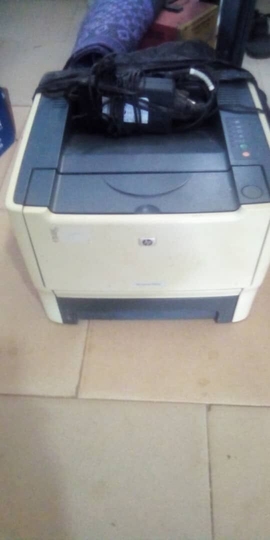 slitly used hp laserjet p2015 printer for sale