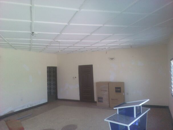 2 Bedrooms Apt For Rent At Old Barrier(Westhills)