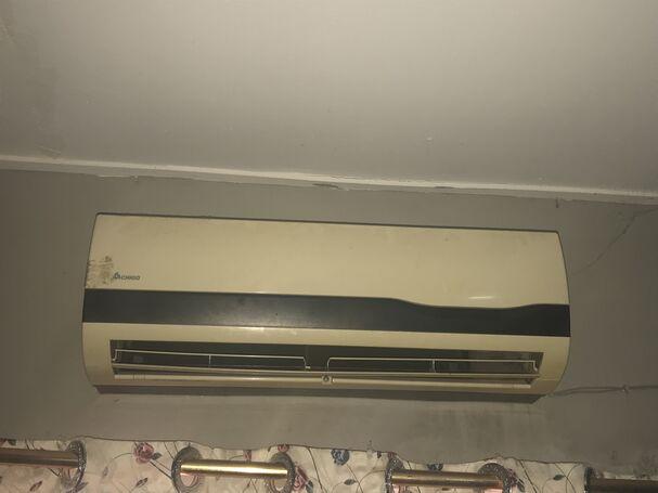 Chigo 1.5 hp AC  for sale
