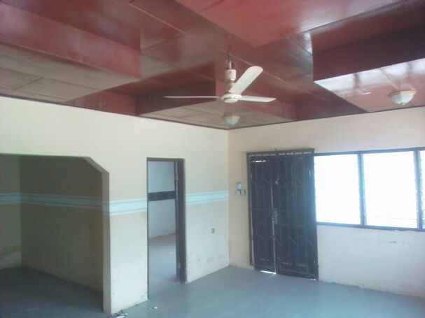 1yr 5 Bedrooms Self compound For Rent At Old Barrier(New Weija)