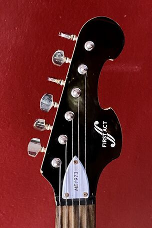 FirstAct Active Electric Guitar