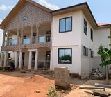 9Bedrooms House for Rent at Oyibi
