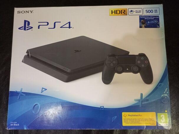 Sony Playstation 4 Slim 500GB ( 5 Games Installed)