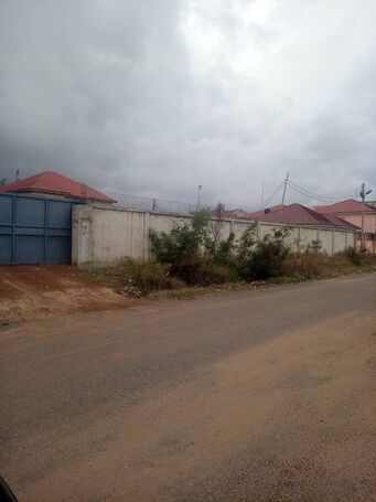 Registered Title Certificate, 2 Plots walled at Tse-Addo for Sale