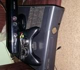 Xbox 360 slim console + 2 wireless controllers and kinect