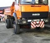 Strong v8 tipper truck