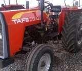 Tractor Tafe 5900 D